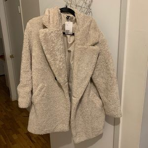 H&M Cream Faux Fur Coat size Medium